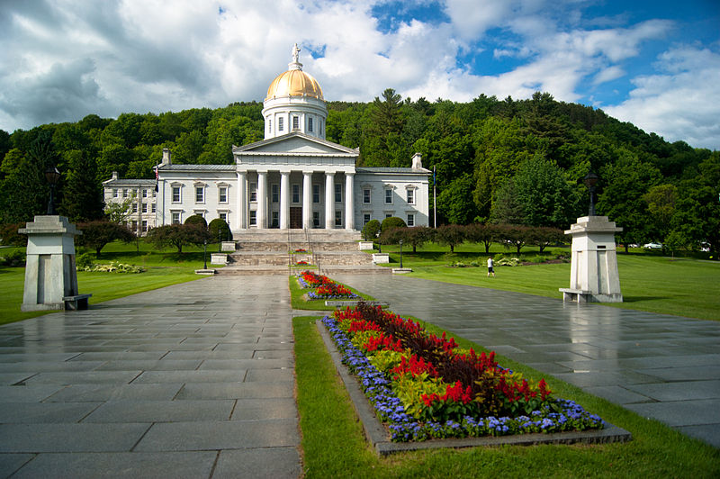 Picture of Vermont State House in Montpelier, Vermont.