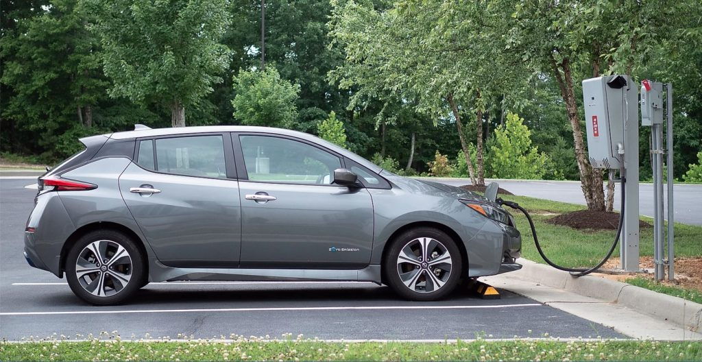 Photo of Nissan Leaf plugged in to Fermata Energy V2G