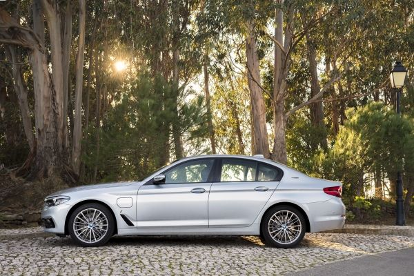 Photo of BMW 530e iPerformance.